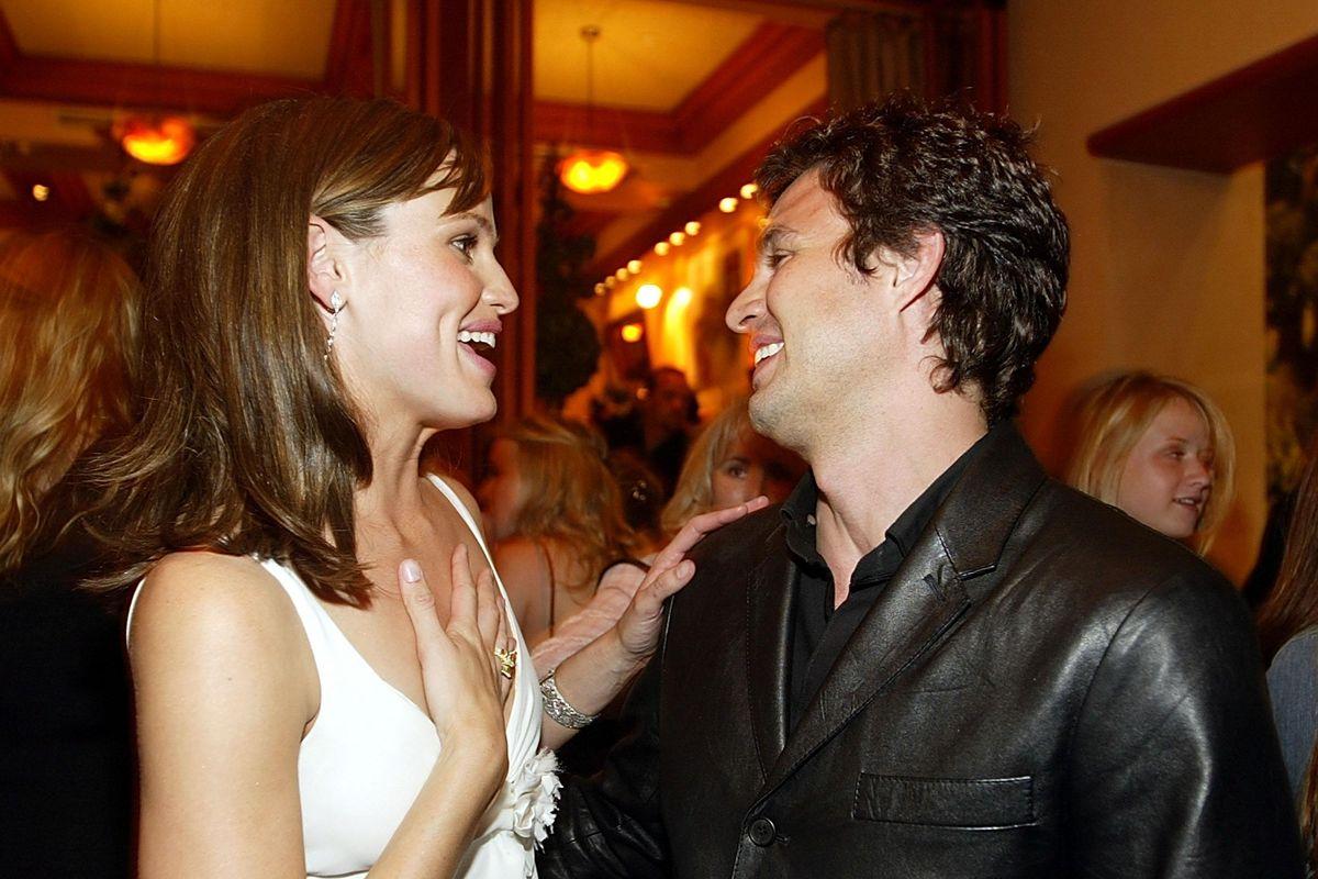 Jennifer Garner and Mark Ruffalo reunite, and suddenly I'm 13-years-old again