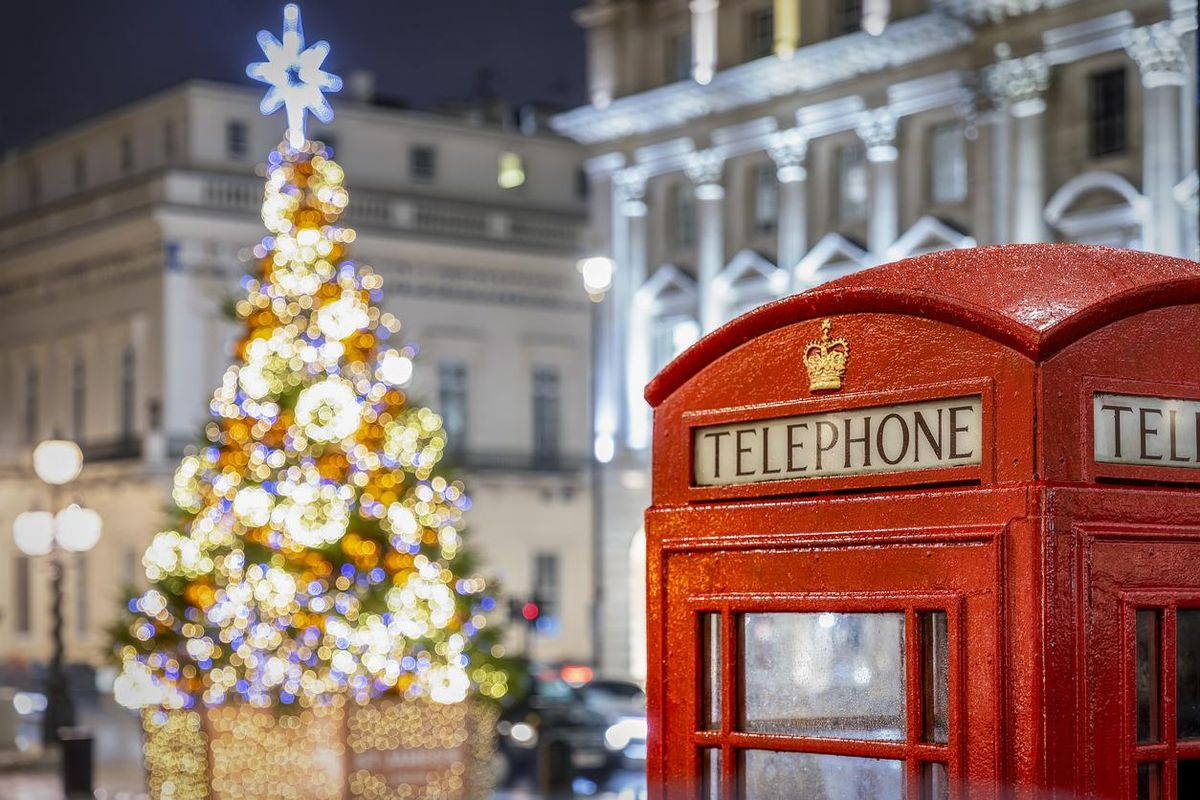 What Christmas traditions does Britain have that America doesn't?