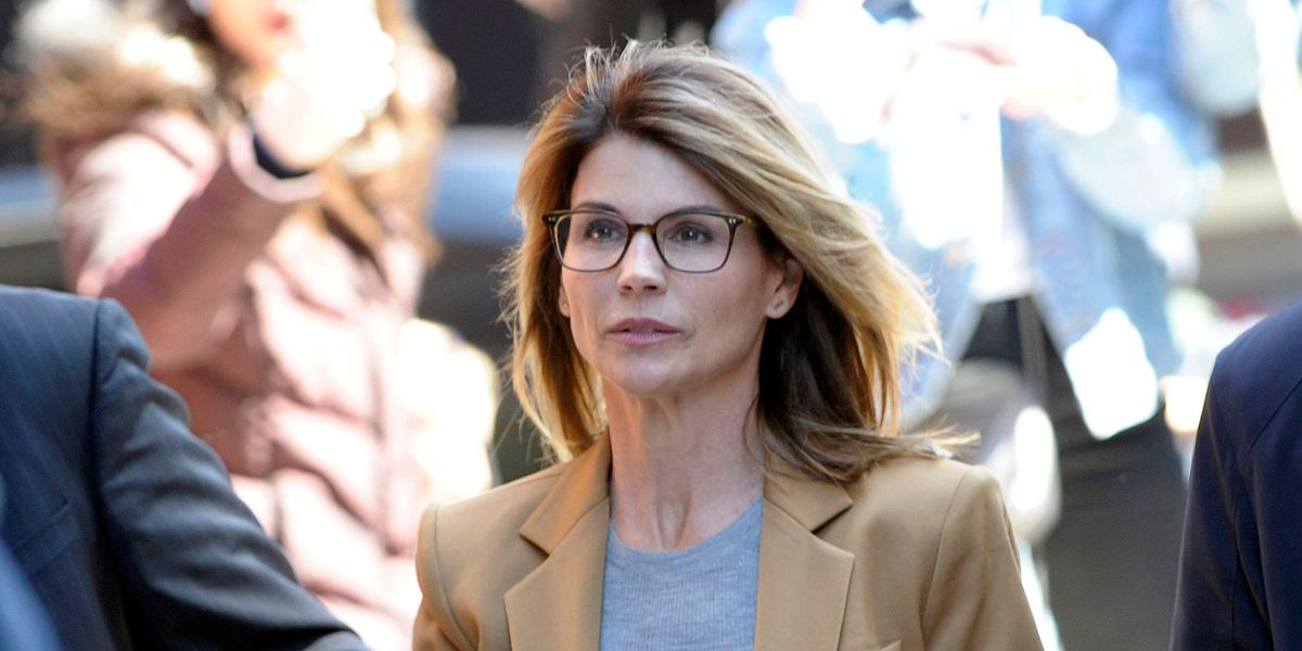Why I think Lori Loughlin's community services photos are performative