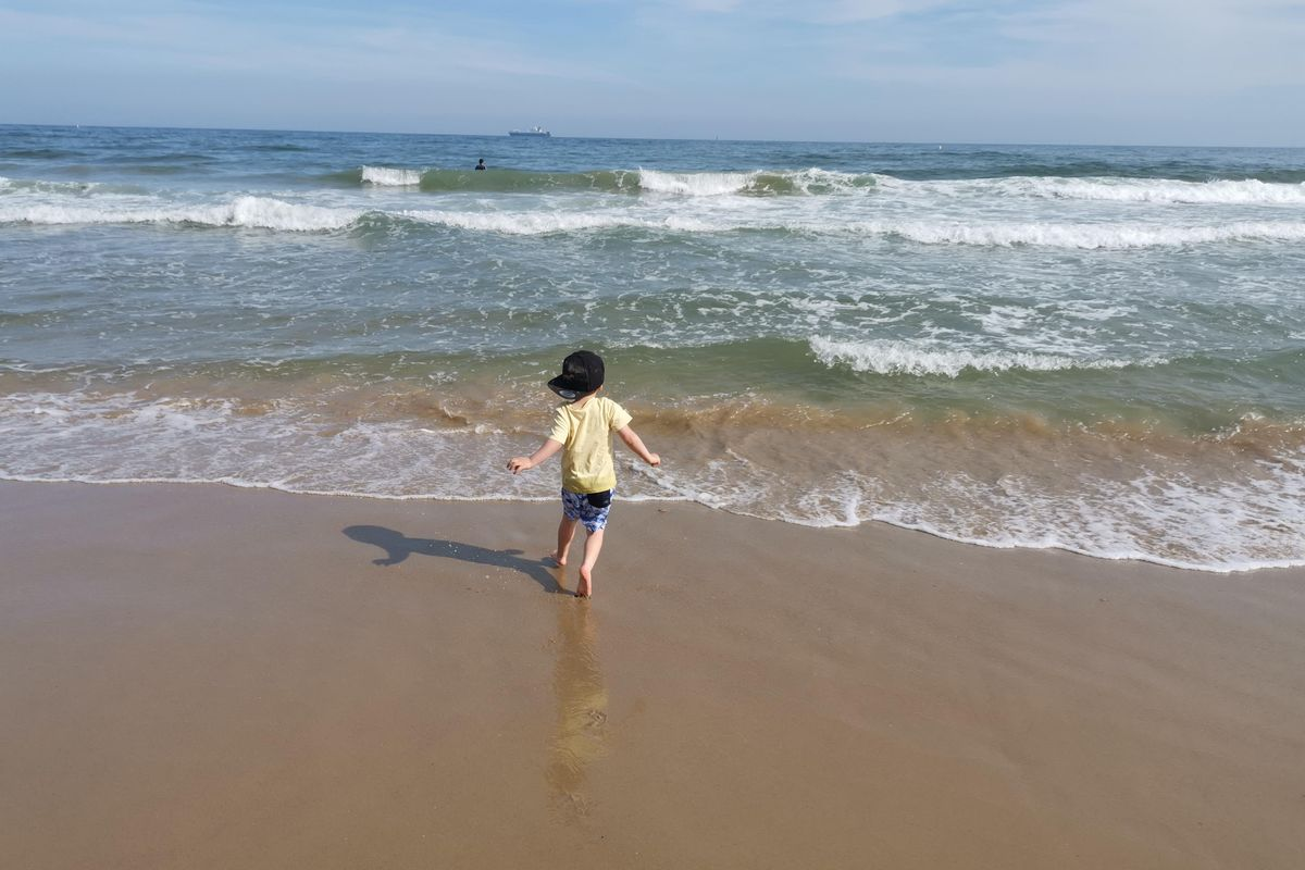 The challenges of summertime parenting - from brain freeze to sandy cars